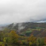 paysage d'Auvergne sous les nuages